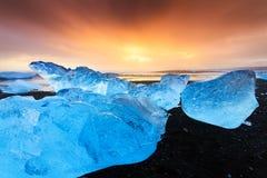 Por do sol azul do gelo Fotos de Stock