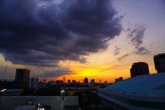 Por do sol Banguecoque Tailândia fotografia de stock royalty free