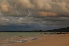 por do sol bonito, céu e nuvens Imagens de Stock Royalty Free