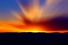 Por do sol bonito com cores vívidas Imagem de Stock