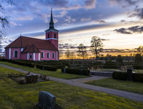 Por do sol bonito e igreja Fotografia de Stock