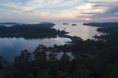 Por do sol bonito em Stendorren, Nykoping, Suécia, Escandinávia fotos de stock royalty free