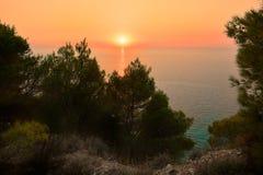 Por do sol bonito na ilha de Lefkada, Grécia fotografia de stock