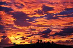Por do sol bonito na praia de Kuta, Bali Fotografia de Stock Royalty Free