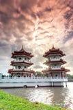 Por do sol bonito no jardim chinês Fotos de Stock