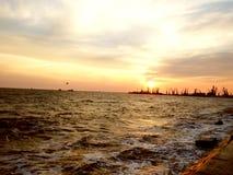 Por do sol bonito no mar fotografia de stock royalty free