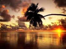 Por do sol bonito sobre o mar Foto de Stock Royalty Free