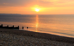 Por do sol calmo da maré baixa Imagens de Stock Royalty Free