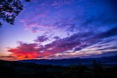 Por do sol colorido Imagens de Stock Royalty Free