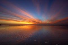 Por do sol colorido Fotografia de Stock Royalty Free