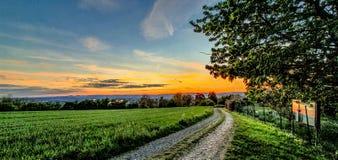 Por do sol colorido no ver?o fotografia de stock royalty free