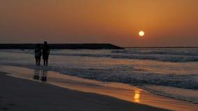 Por do sol colorido Resto, mar, praia filme