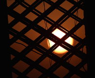 Por do sol com a fotografia da janela e do fundo dos objetos Fotografia de Stock Royalty Free