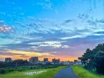 Por do sol com grande formação da nuvem Fotos de Stock Royalty Free