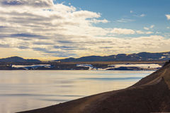Por do sol da beleza sobre o lago Oskjuvatn Foto de Stock Royalty Free