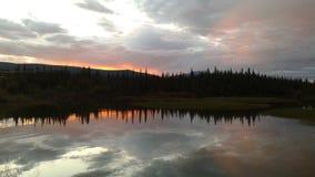 Por do sol da meia-noite Imagens de Stock