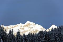 Por do sol da montanha Fotografia de Stock Royalty Free