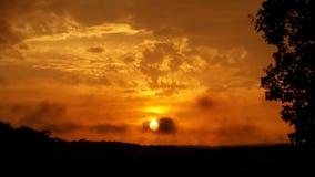 Por do sol da montanha Imagens de Stock