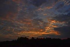 Por do sol da noite Imagens de Stock