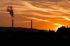 Por do sol da poluição atmosférica Imagens de Stock