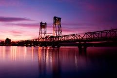 Por do sol da ponte Fotos de Stock Royalty Free