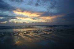Por do sol da praia Imagens de Stock Royalty Free