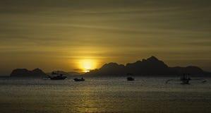 Por do sol da praia do EL Nido Corong Corong Fotografia de Stock