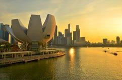 Por do sol da skyline de Singapura Imagem de Stock