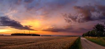 Por do sol da tempestade Imagem de Stock