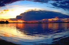 Por do sol das Amazonas Fotografia de Stock Royalty Free
