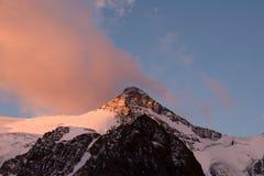 Por do sol de Aconcagua foto de stock royalty free