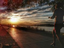 Por do sol de Belgrado foto de stock