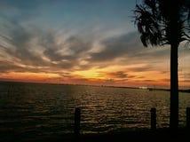 Por do sol de Charleston imagens de stock