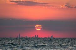Por do sol de Chicago imagens de stock royalty free