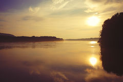 Por do sol de Danube River Imagem de Stock Royalty Free
