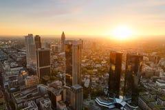 Por do sol de Francoforte em Alemanha Foto de Stock Royalty Free