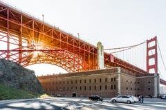 Por do sol de golden gate bridge imagens de stock