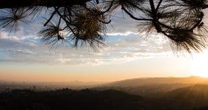 Por do sol de Griffith Observatory Imagens de Stock