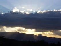 Por do sol de Guatemala fotografia de stock