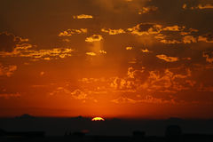 Por do sol de incandescência. Imagem de Stock Royalty Free