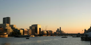 Por do sol de Londres Fotos de Stock Royalty Free
