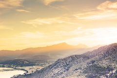Por do sol de Mallorca perto de Porto bonito de Pollenca Foto de Stock Royalty Free