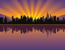 Por do sol de Manhattan ilustração royalty free