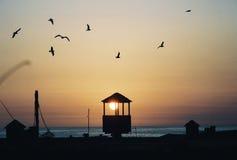Por do sol de Newport imagens de stock