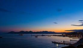 Por do sol de Riviera Imagens de Stock