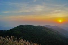 Por do sol de Tai Mo Shan Fotografia de Stock Royalty Free