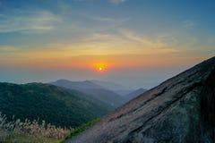 Por do sol de Tai Mo Shan Imagem de Stock