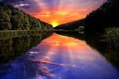Por do sol de Ucrânia no mar de azov Fotografia de Stock
