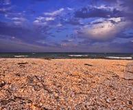 Por do sol de Ucrânia no mar de azov Imagens de Stock Royalty Free