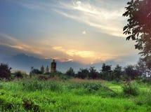 Por do sol de Zemun na região selvagem urbana imagens de stock royalty free